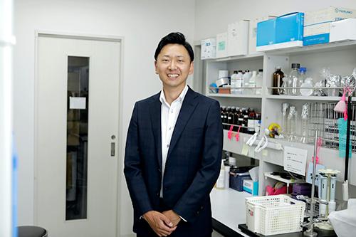 株式会社 シー・ビー・エス<br> 株式会社 粧薬研究所